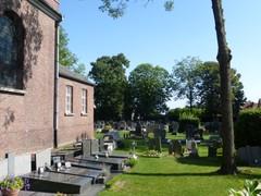 Kerkhof van Lozer