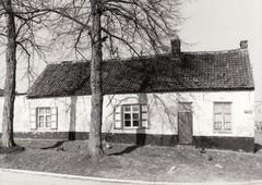 Boerenhuis, eertijds café Den Hoed