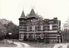 Pomphuis en jachtpaviljoen