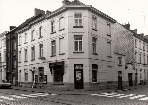 Gent Sint Amandsberg Aannemersstraat 179-185