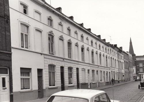 Gent Sint-Amandsberg Kunstenaarstraat 2-26