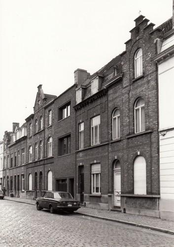 Gent Sint-Amandsberg Kunstenaarstraat 67-81