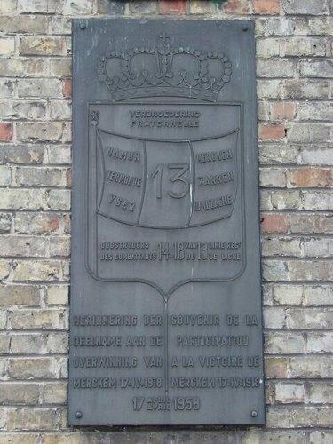 Merkem Kouterstraat 26 Gemeentehuis Gedenkplaat 13de Linie