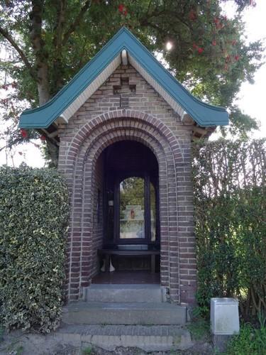 Lebbeke Nieuwstraat 83 Kapel bij de villa
