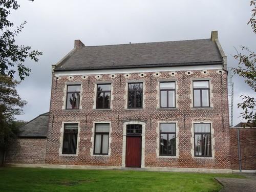 Tielt-Winge Leuvensesteenweg 187 Zuidzijde van pastorie