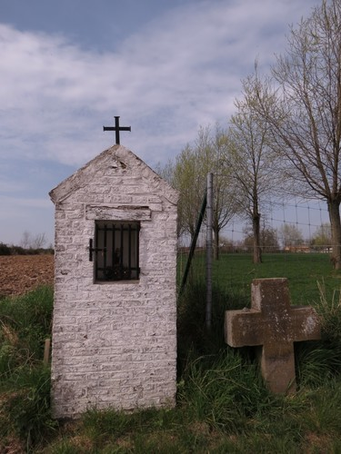 Ninove, Pollare, Stebbingen, Sint-Antoniuskapel en kruis