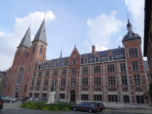 Dendermonde Vlasmarkt 27-31