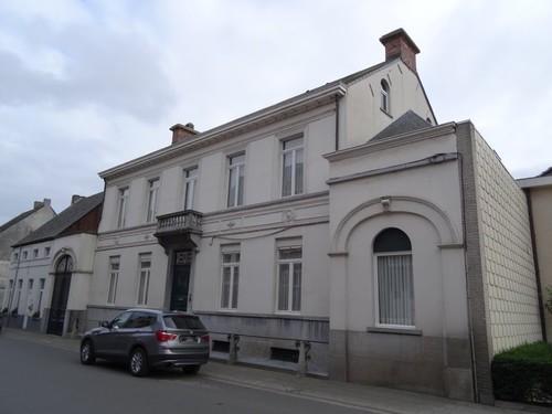 Berlare Burg. de Lausnaystraat 15