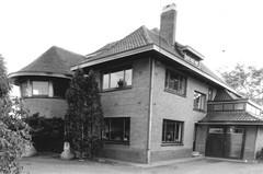 Villa met paardenstallen en rijbaan Annedge