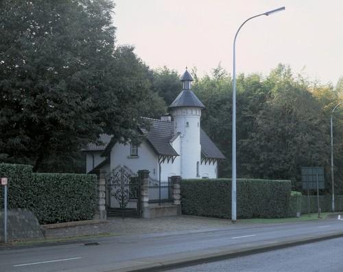 De portiersloge van het Sint-Annakasteel aan de Ninoofsesteenweg