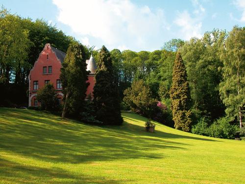 Villa Puttenberg met park