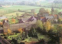 Klooster en kostschool met tuin