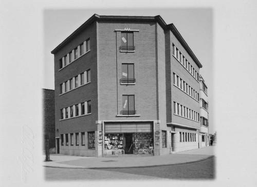 Antwerpen Volhardingstraat 58 appartementsgebouw De Baeke-Wemaere