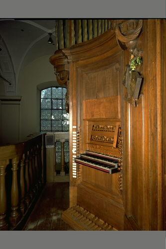 Zele Markt zonder nummer Sint-Ludgeruskerk klaviatuur orgel