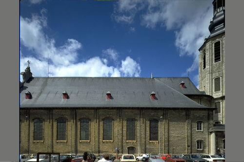 Zele Markt zonder nummer Sint-Ludgeruskerk exterieur, zuidgevel