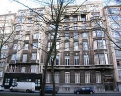Geheel van twee appartementsgebouwen