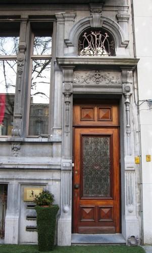 Antwerpen Mechelsesteenweg 153 portaal