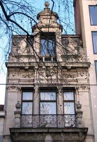 Antwerpen Mechelsesteenweg 153 geveltop