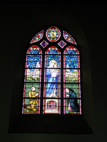 Bikschote: Kerk: Glasraam: OLV van Rust en Vrede