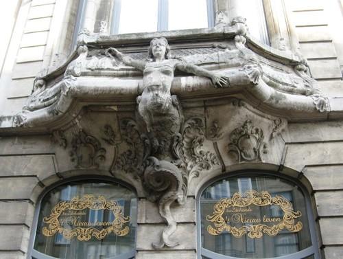 Antwerpen Plantin en Moretuslei 69 erker