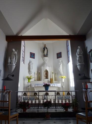 Stekene Pannenhuisstraat zonder nummer Interieur van de kapel Onze-Lieve-Vrouw ten Troost