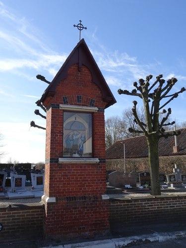 Stekene Koebrugstraat 2 Pijlerkapel en kerkhof van de kerk