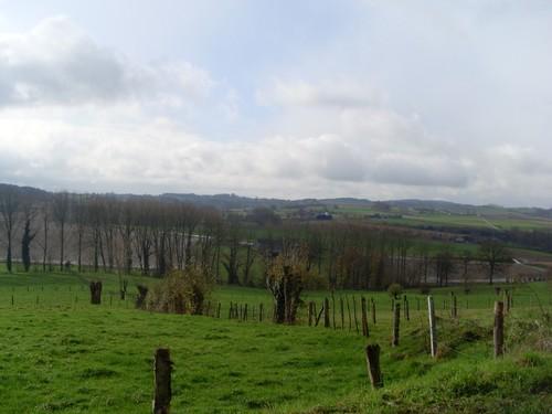 Maarkedal Nederaalbeek zicht op de kam van de Vlaamse Ardennen