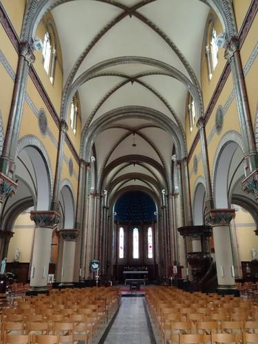 Merelbeke Hundelgemsesteenweg 349 Interieur van de Sint-Pietersbandenkerk