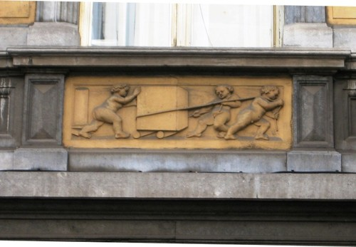 Antwerpen Lange Leemstraat 230 reliëf