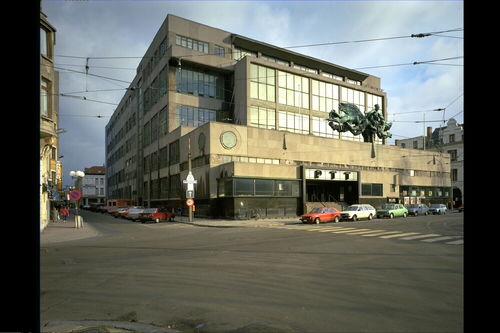 Postgebouw nov G. Eysselinck