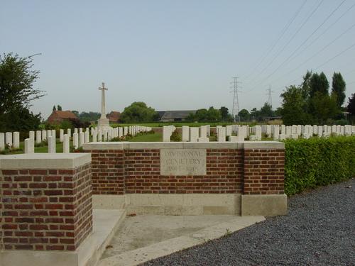 Vlamertinge: Divisional Cemetery: toegang