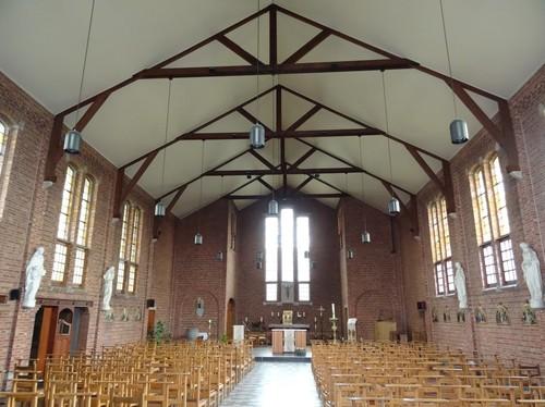 Zelzate Koningin Astridlaan zonder nummer Interieur van de Sint-Antonius van Paduakerk
