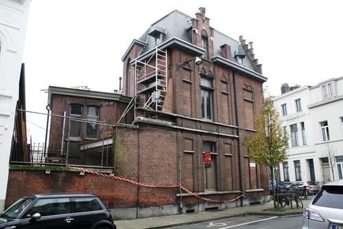 Antwerpen Dolfijnstraat 38 hoek Tweelingenstraat