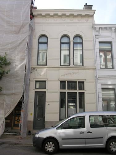 Antwerpen Dolfijnstraat 36