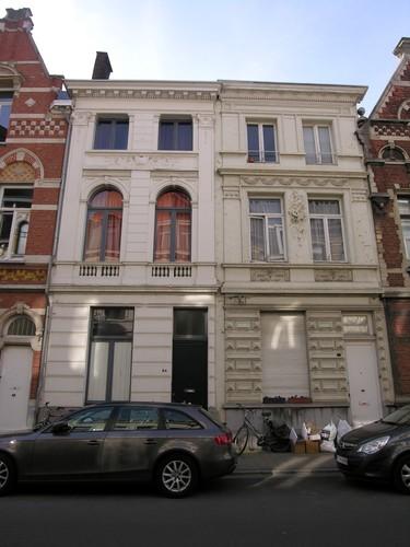 Antwerpen Dolfijnstraat 84-82