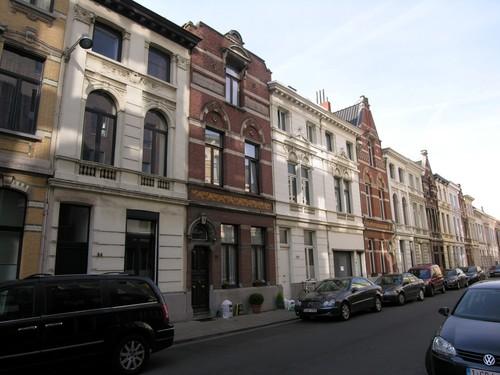 Antwerpen Dolfijnstraat 94 aflopend