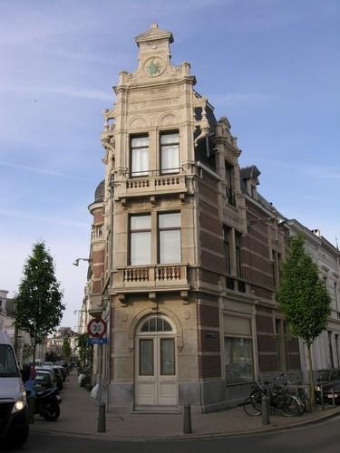 Antwerpen Dolfijnstraat 49 De Schorpioen