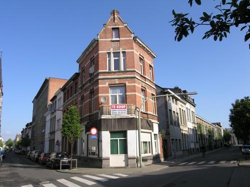 Antwerpen Lange Altaarstraat 30 aflopend, hoek Korte Altaarstraat