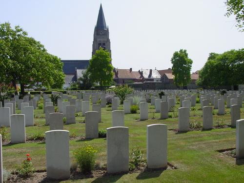Vlamertinge: Vlamertinghe Military Cemetery