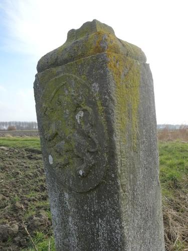 Knokke-Heist Westkapelle Roden-Ossenstraat zonder nummer grenspaal