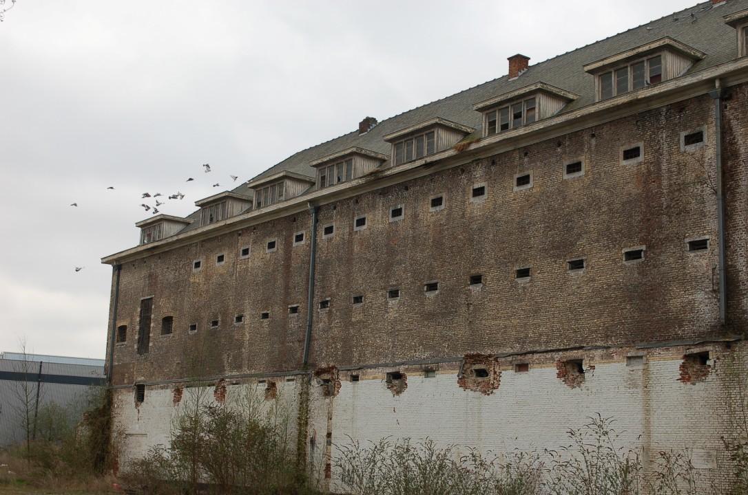 De oostvleugel van de restanten van het Vilvoordse correctiehuis.