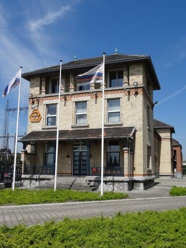 Gent Langerbruggekaai 3 Administratief gebouw bij de elektriciteitscentrale