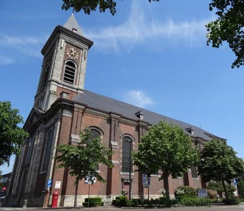 Evergem Dorpsplein zonder nummer Parochiekerk Sint-Christoffel