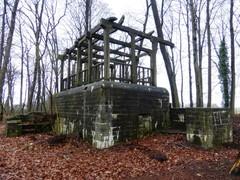 Lembeke Tragelstraat zonder nummer bunker301077 2 (https://id.erfgoed.net/afbeeldingen/225989)