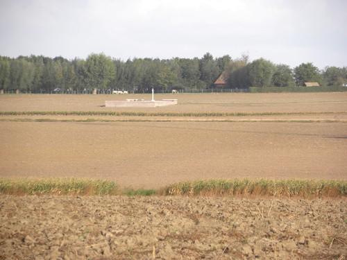 Ieper, Moortelweg, No man's cot cemetery
