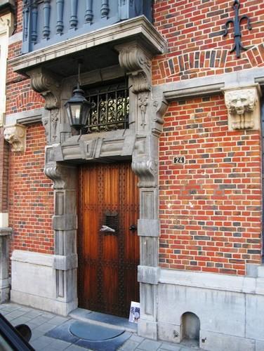 Antwerpen Albert Grisarstraat 24 portaal