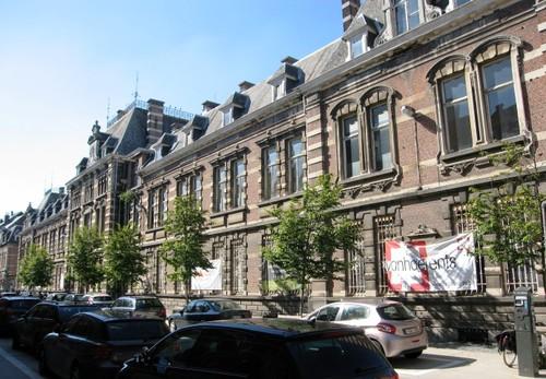 Antwerpen Militair Hospitaal hoofdgebouw