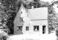 Merelbeke Schelderodeplein 7-9 (https://id.erfgoed.net/afbeeldingen/226967)