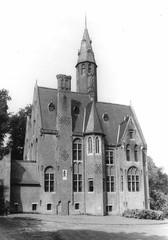 Merelbeke Schelderodeplein 7-9 (https://id.erfgoed.net/afbeeldingen/226969)