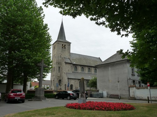 Oudenaarde Ename Enameplein zonder nummer Sint-Laurentiuskerk Ename